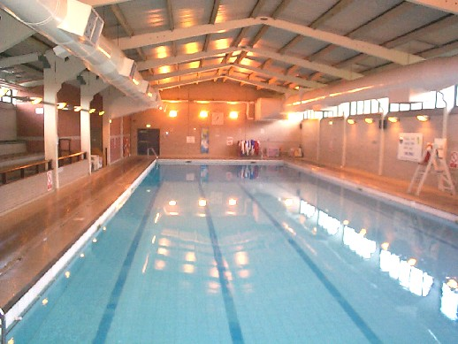 Swimming Pool Electrical Service : Electricians for commercial kitchens swimming pool